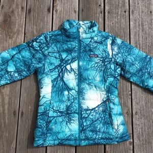 Girl's *Patagonia* Down sweater Jacket. Size XL/14